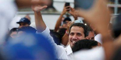 Guaido Venezuela 'ya döndü