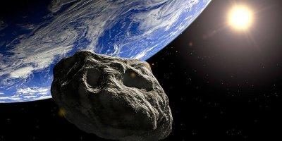 NASA'DAN UYARI: DEV ASTEROİD EA2 DÜNYA'NIN YAKLAŞIK 305 BİN KİLOMETRE YAKININDAN GEÇECEK