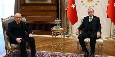 Fehmi Koru: Acaba sağlıklı anketlerde Ankara ve İstanbul'da iktidar partisi adayları için hoş olmayan bir tablo mu söz konusu?