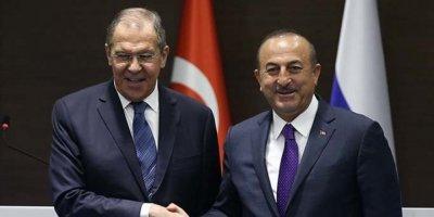 Lavrov ile görüşen Çavuşoğlu: S-400 anlaşmasına bağlıyız