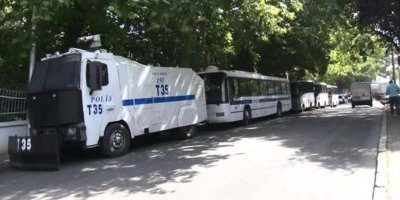 Adana'da TOMA kazası: 2 polis yaralandı