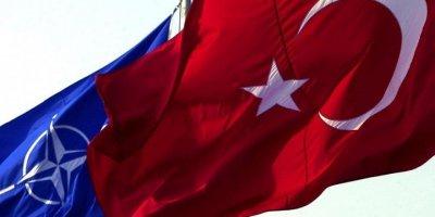 Prof. Dr. Anıl Çeçen yazdı: NATO'CULUK ATATÜRKÇÜLÜĞÜ BİTİRİYOR