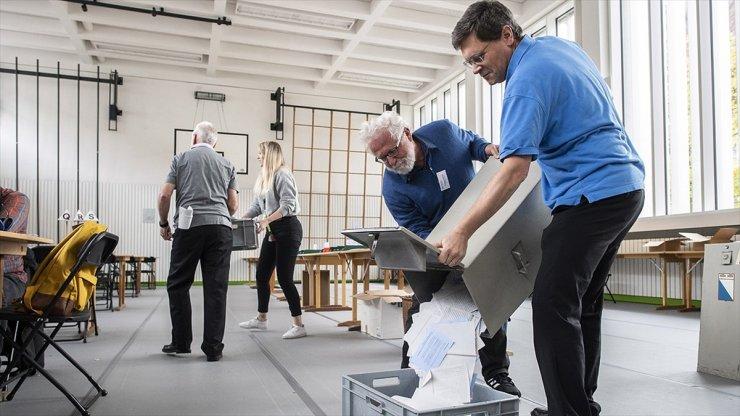 Genel Seçimin Galibi İsviçre Halk Partisi