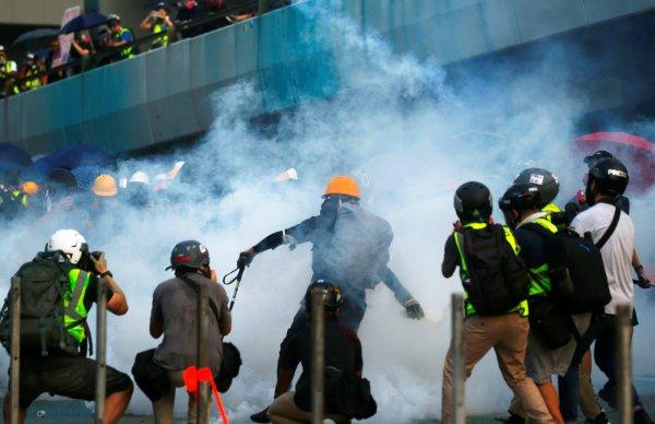 hong-kongda-protestolarin-onune-gecilemedi,,,.jpg